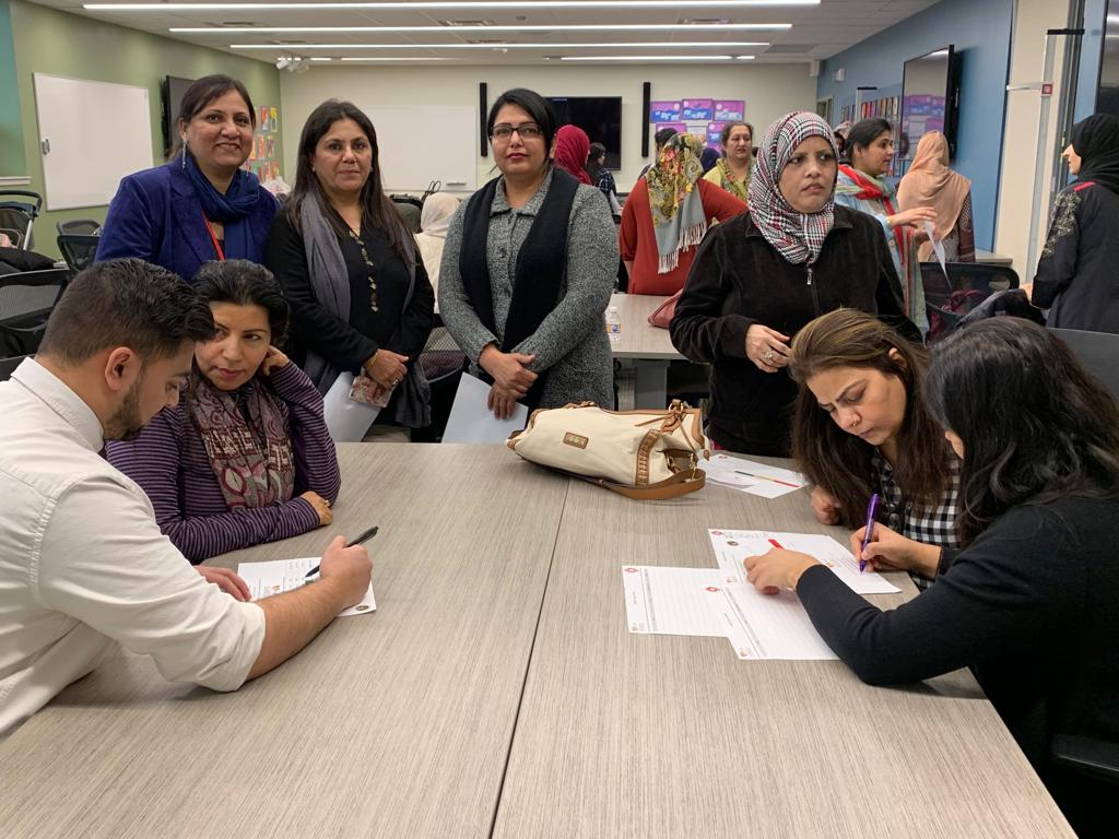 Parents at Skokie School District 69 eagerly signing up for SAHELI (JPG) Opens in new window